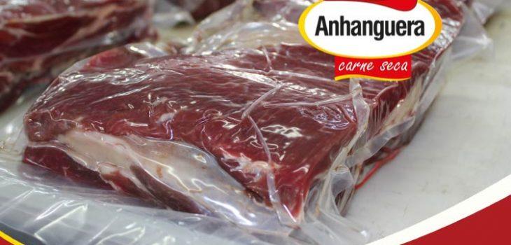 Processo de embalagem à vácuo - Anhanguera Charque e Jerked Beef