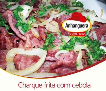 Charque frita com cebola - Anhanguera Carne Seca e Jerked Beef
